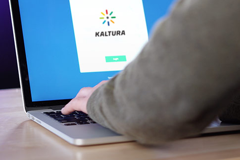 Webinar Kaltura CMS integration on Pearl Thumb